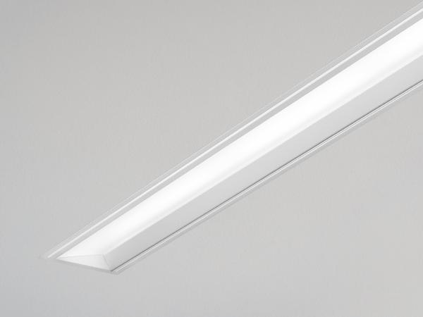 Seem 4 LED Asymmetric Angled Lens Recessed